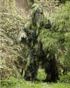 Finde den Feind - dieser Anzug macht unsichtaber